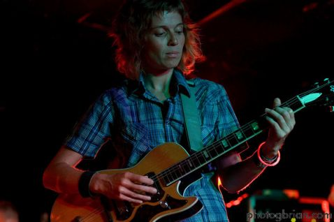 Playing guitar for Porlolo tonight